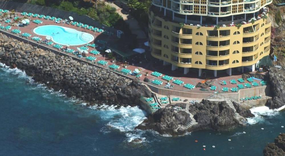 Holidays at Pestana Palms Ocean Aparthotel in Funchal, Madeira
