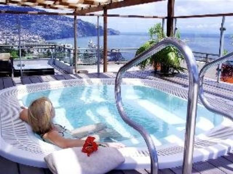 Holidays at Savoy Gardens Hotel in Funchal, Madeira