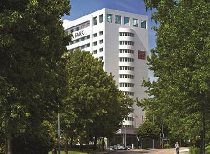 Holidays at HF Ipanema Park Hotel in Oporto, Portugal