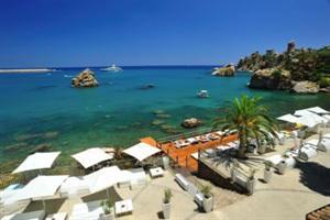 Holidays at Le Calette Hotel in Cefalu, Sicily