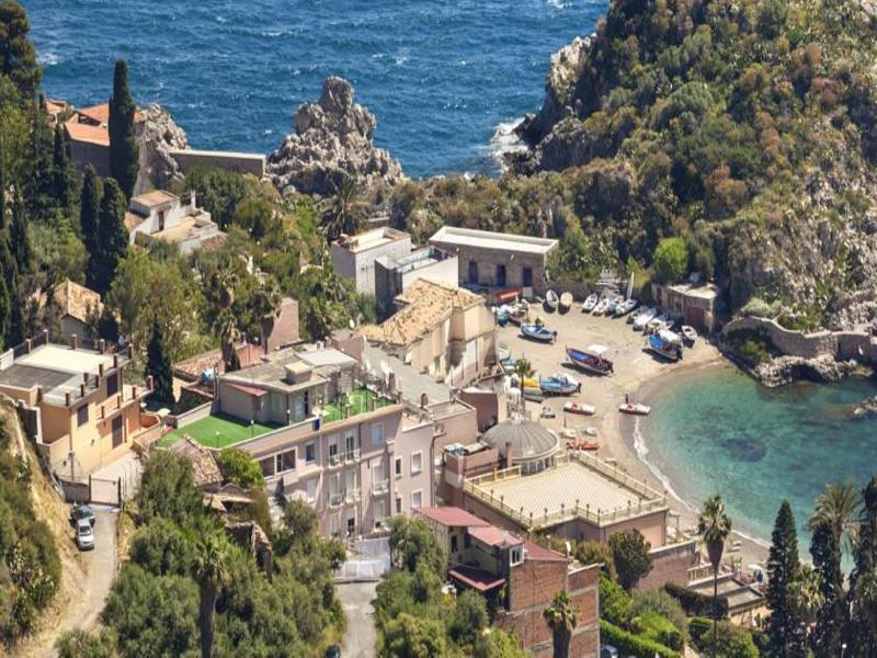 Holidays at Ipanema Hotel in Letojanni, Sicily