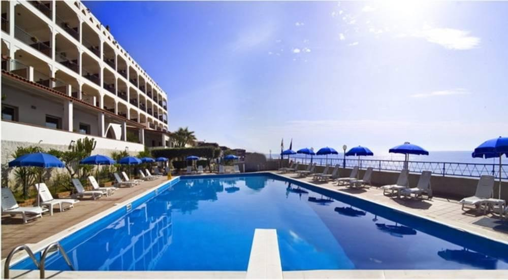 Holidays at Park Hotel Silemi in Letojanni, Sicily