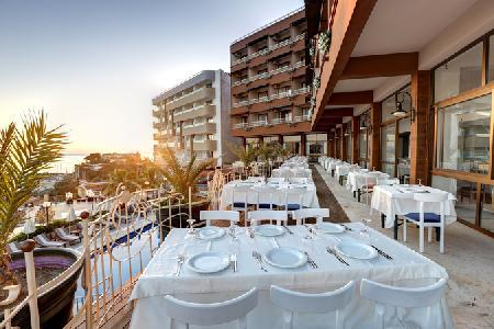 Holidays at Suhan Seaport Hotel in Kusadasi, Bodrum Region