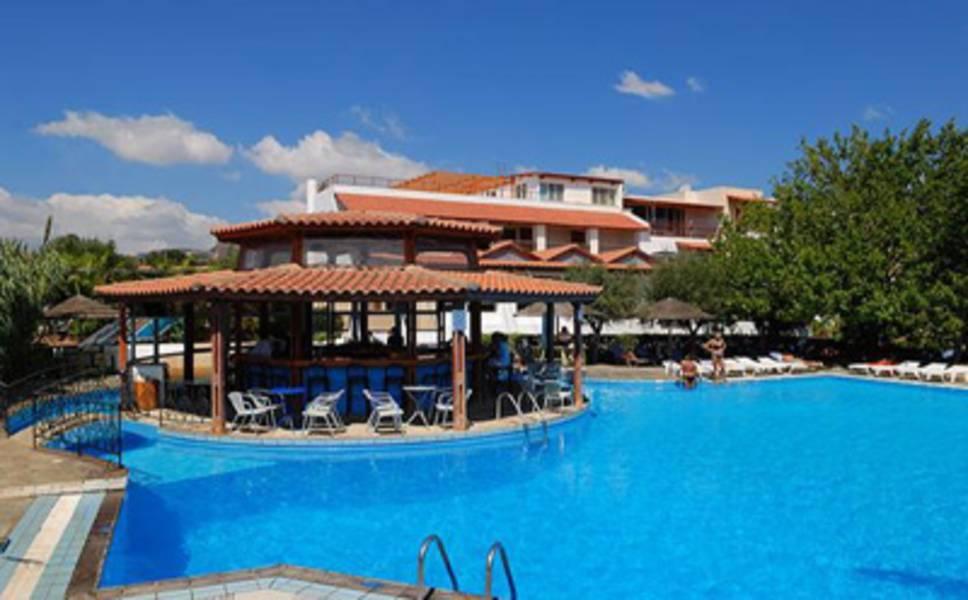 Holidays at Mikro Village Hotel in Aghios Nikolaos, Crete