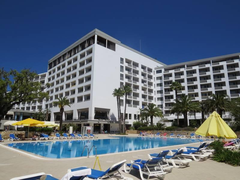 Holidays at Alfamar Beach and Sports Resort Hotel in Olhos de Agua, Albufeira