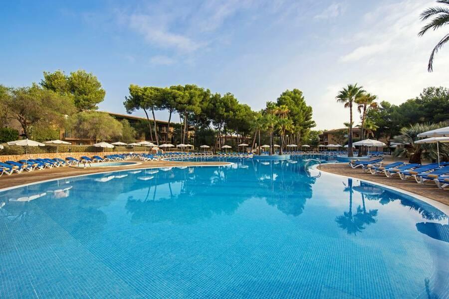 Holidays at Vell Mari Hotel in Ca'n Picafort, Majorca