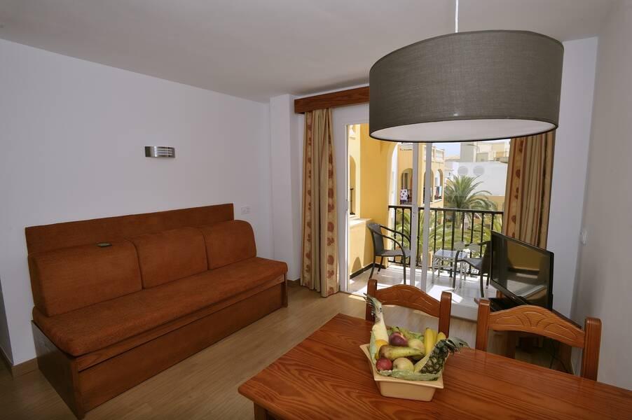 Holidays at Club Simo Aparthotel in Cala Millor, Majorca