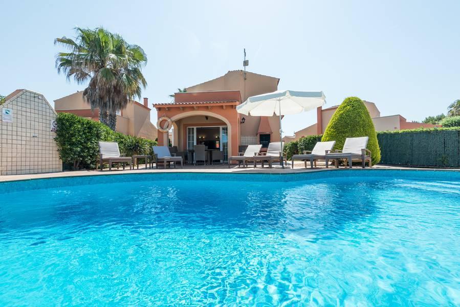 Holidays at Maribel Villas in Cala Santandria, Menorca
