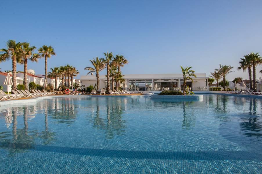 Holidays at Menorca Mar Apartments - Adults Only in Cala'n Bosch, Menorca