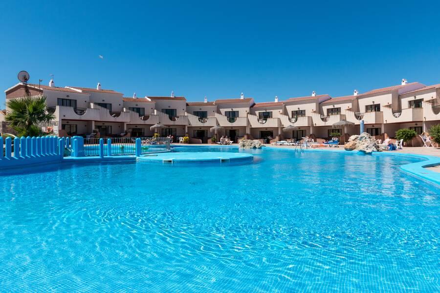 Holidays at Los Lentiscos Apartments in Cala'n Forcat, Menorca