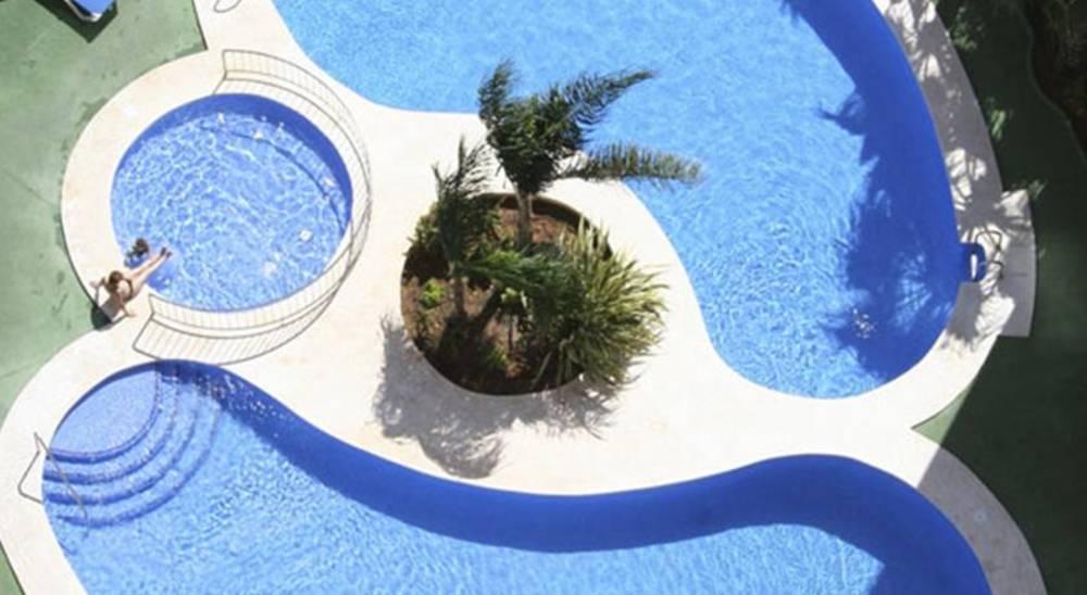 Holidays at Ambar Beach Apartments in Calpe, Costa Blanca