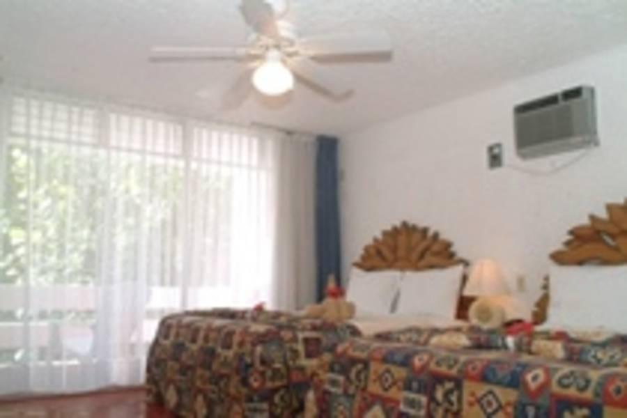 Holidays at Beach House Maya Caribe by Faranda Hotels in Cancun, Mexico