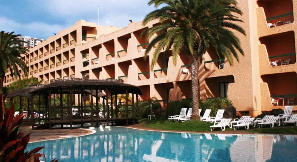 Holidays at Dom Pedro Garajau Aparthotel in Canico, Madeira