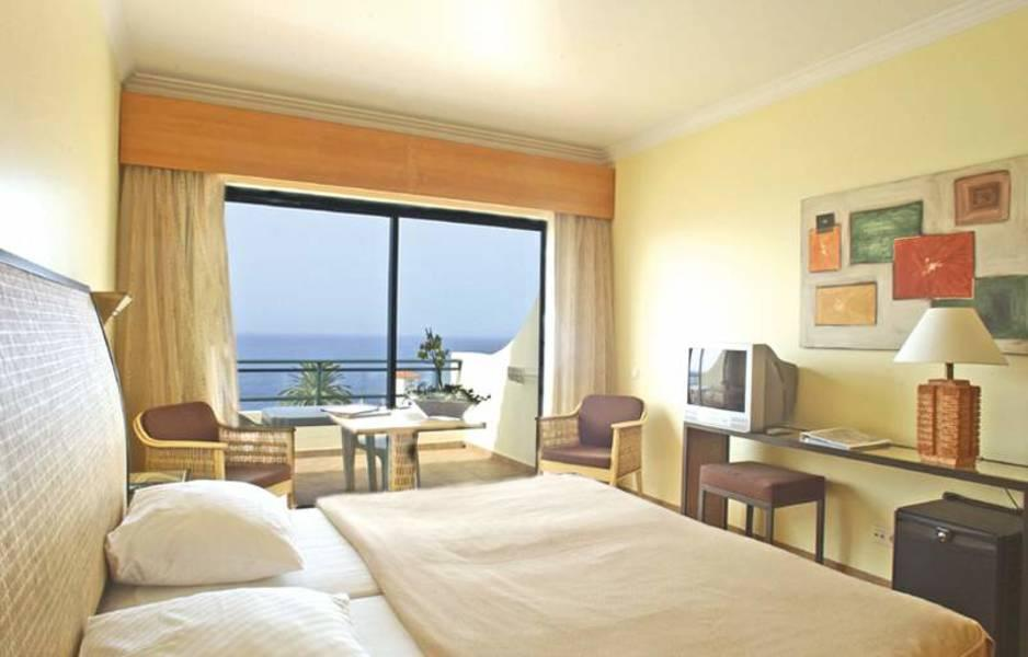 Holidays at Galo Resort Sport Hotel Galosol in Canico, Madeira