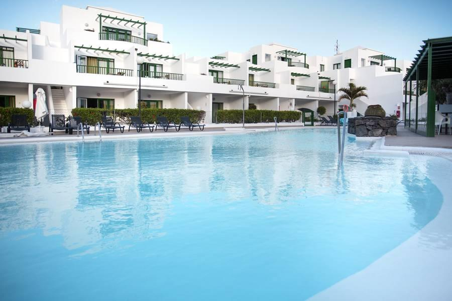 Holidays at El Guarapo Apartments in Costa Teguise, Lanzarote
