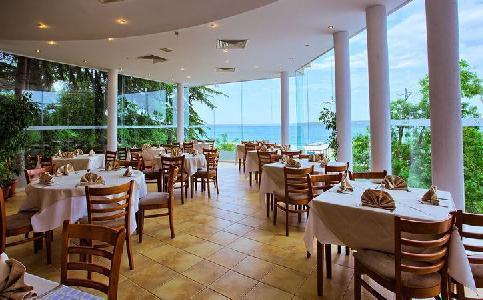 Holidays at Luna Hotel in Golden Sands, Bulgaria