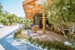 Green Beach Resort Hotel Picture 8