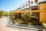 Green Beach Resort Hotel Picture 9