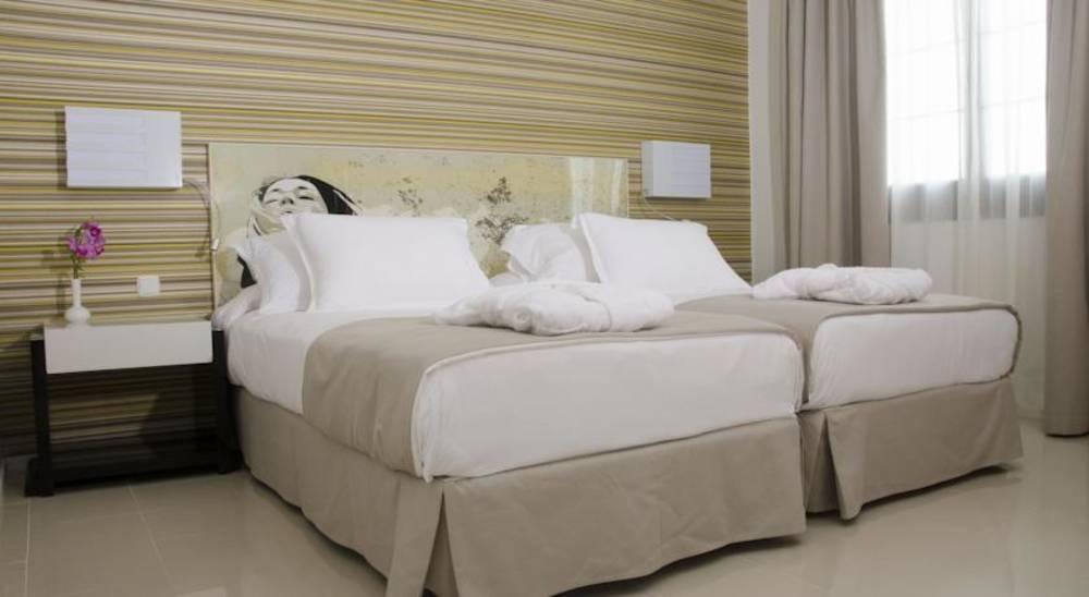 Holidays at H10 Sentido White Suites in Playa Blanca, Lanzarote
