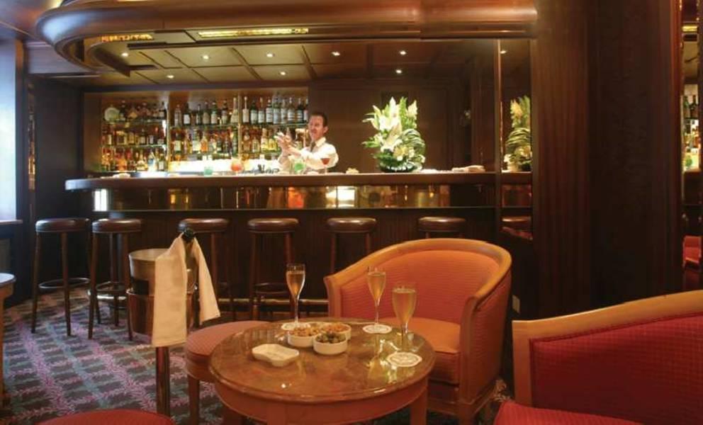 Holidays at Splendid Etoile Hotel in Arc De Triomphe & Pte Maillot (Arr 17), Paris