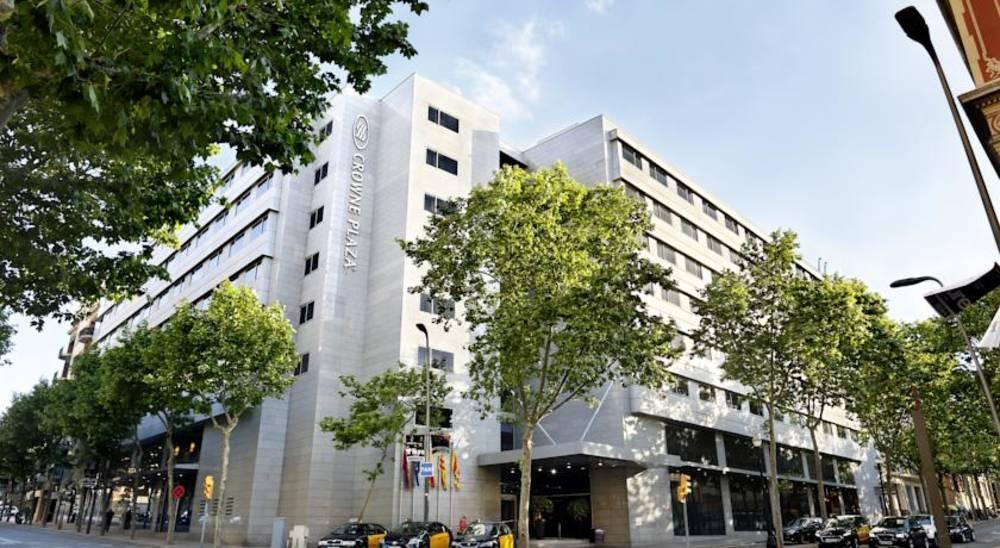 Holidays at Crowne Plaza Barcelona Fira Center in Sants Montjuic, Barcelona