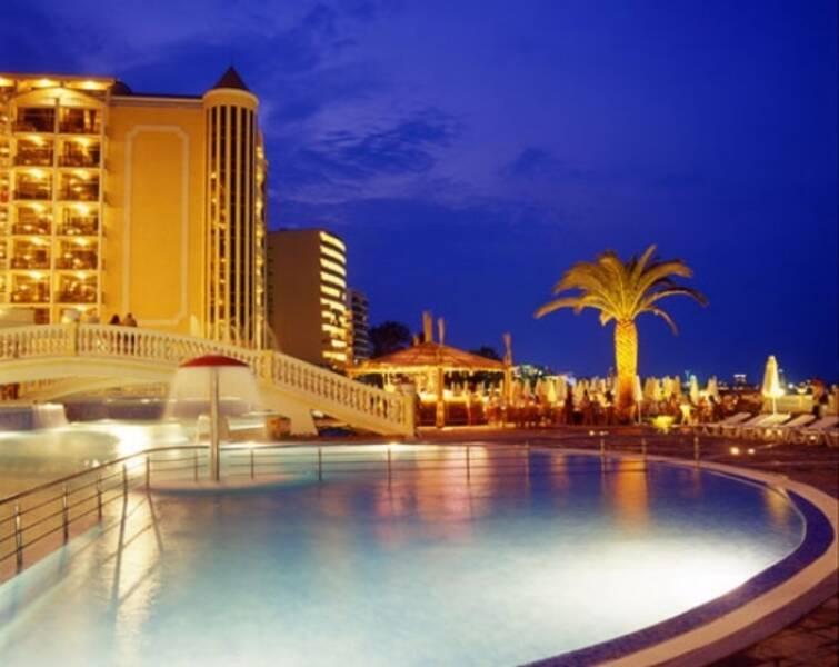 Victoria Palace & Spa Hotel