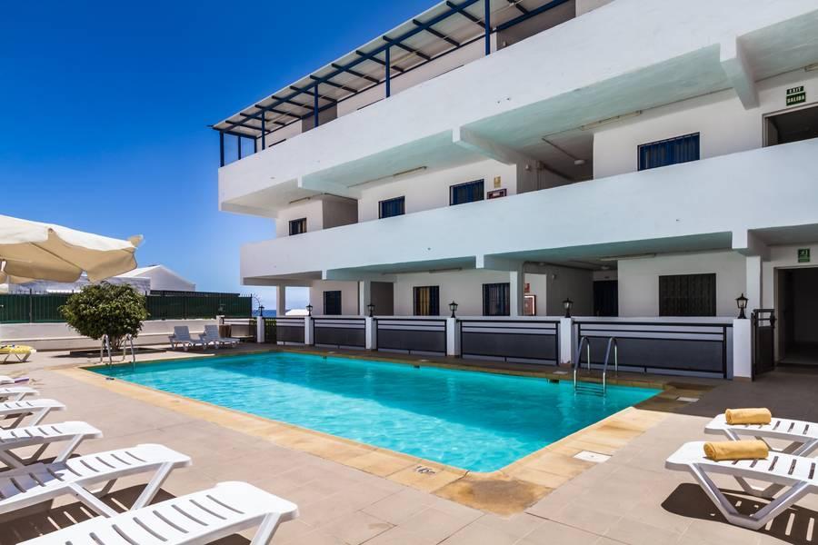 Holidays at Labranda Los Cocoteros Apartments in Puerto del Carmen, Lanzarote