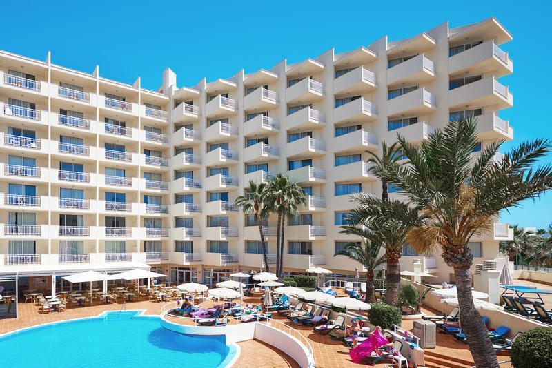 Holidays at Som Siurell Aparthotel in Sa Coma, Majorca