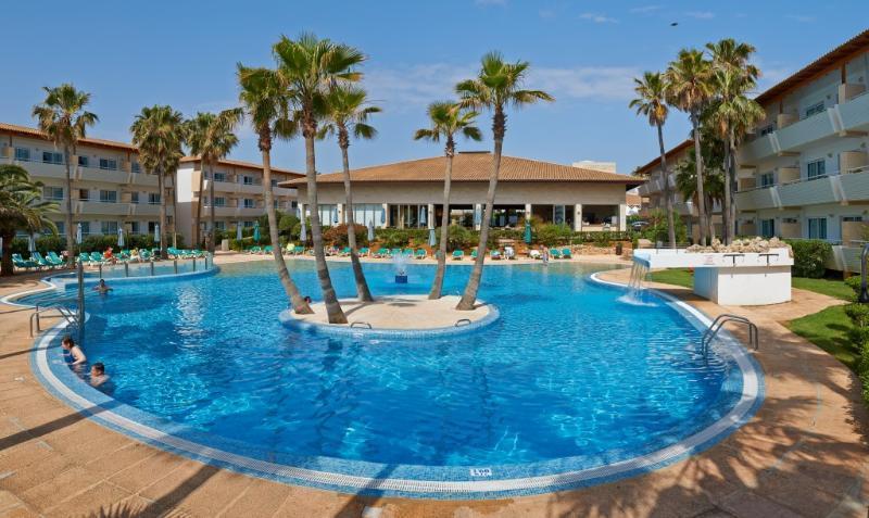 Holidays at Grupotel Mallorca Mar Aparthotel in Cala Bona, Majorca