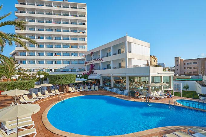 Holidays at Morito Hotel in Cala Millor, Majorca
