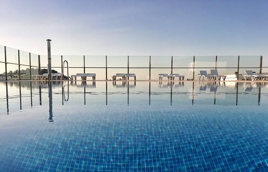 Holidays at Condado Apartments in Lloret de Mar, Costa Brava