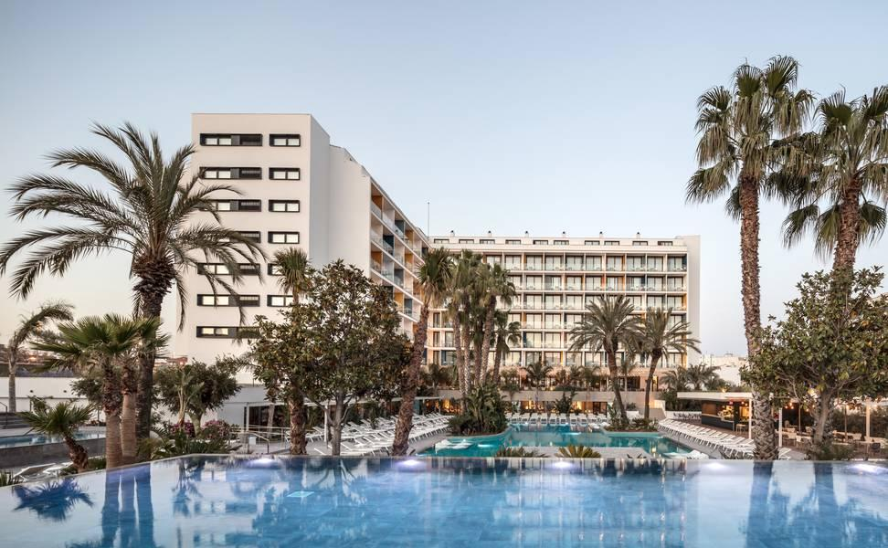 Holidays at Aqua Hotel Silhouette - Adults Only in Malgrat de Mar, Costa Brava