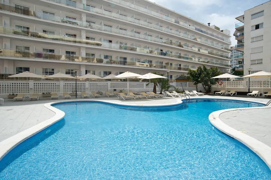 Holidays at Salou Suites Apartments in Salou, Costa Dorada