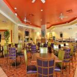 Comfort Suites Maingate East Hotel Picture 2