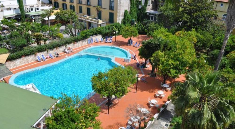 Holidays at Carlton International Hotel in Sorrento, Neapolitan Riviera