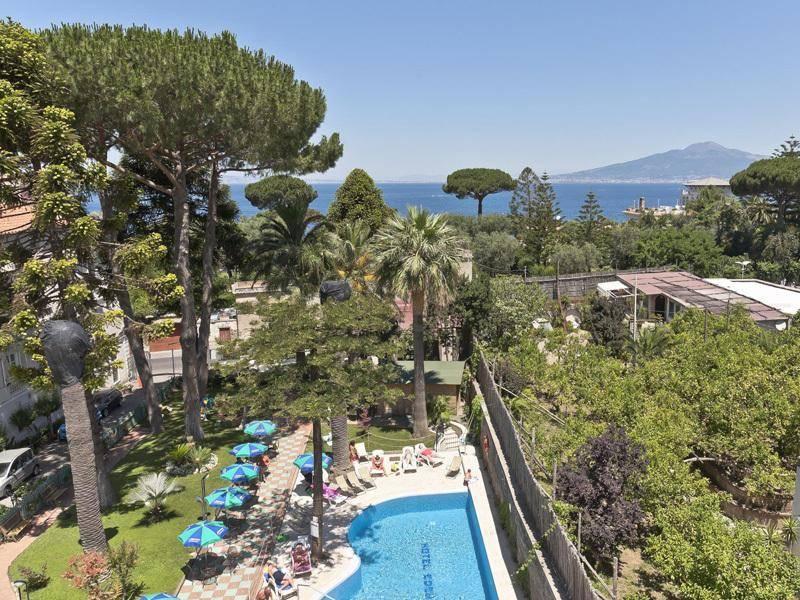 Holidays at Eden Hotel in Sorrento, Neapolitan Riviera