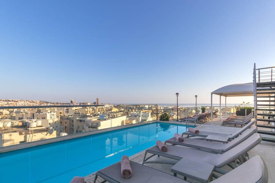 Holidays at Victoria Hotel in Sliema, Malta