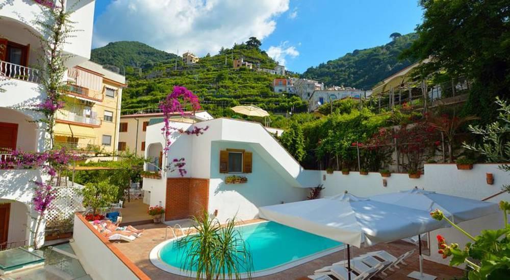 Holidays at Villa Romana in Amalfi, Neapolitan Riviera