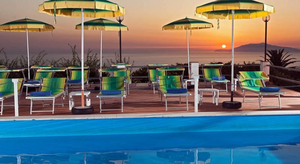Holidays at Il Girasole Hotel in Capri, Neapolitan Riviera