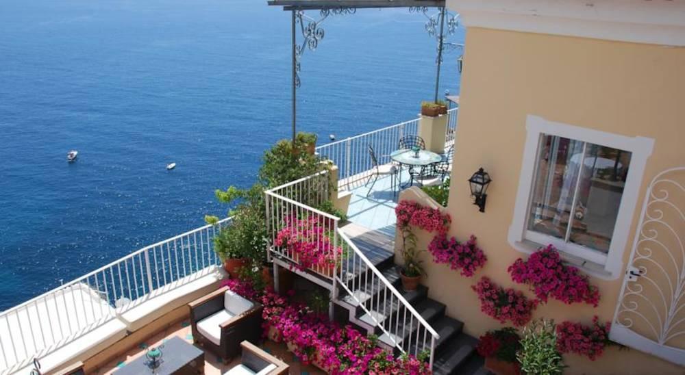 Holidays at Montemare Hotel in Positano, Neapolitan Riviera