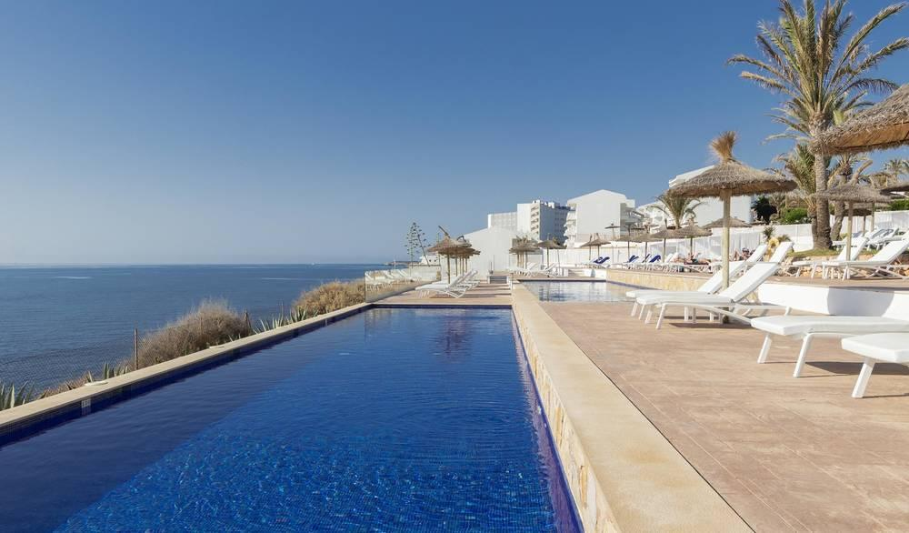 Holidays at Hotel Palia Maria Eugenia in Calas de Mallorca, Majorca