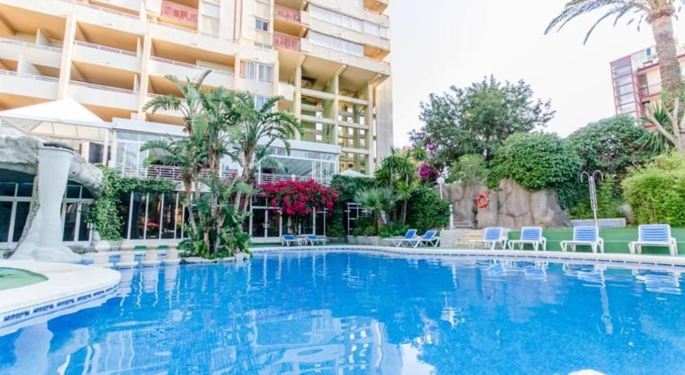 Holidays at El Faro Apartments in Cala Finestrat, Benidorm