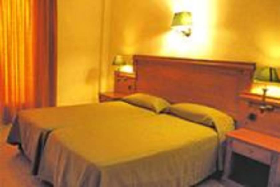 Holidays at Haromar Hotel in Calella, Costa Brava