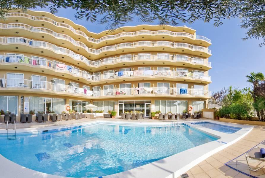 Holidays at Volga Hotel in Calella, Costa Brava