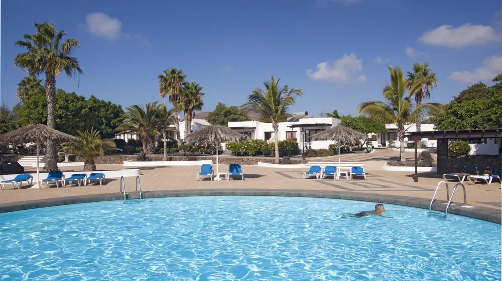 Holidays at Playa Limones Bungalows in Playa Blanca, Lanzarote