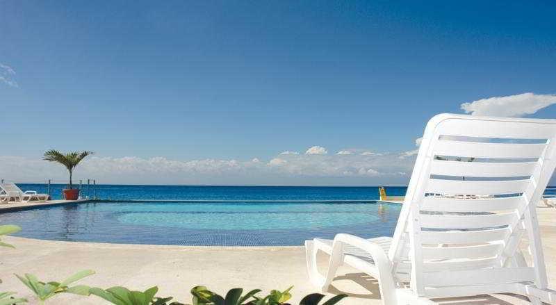 Holidays at B Cozumel Resort Hotel in Cozumel, Mexico