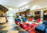 Clarion Suites Maingate Hotel Picture 2