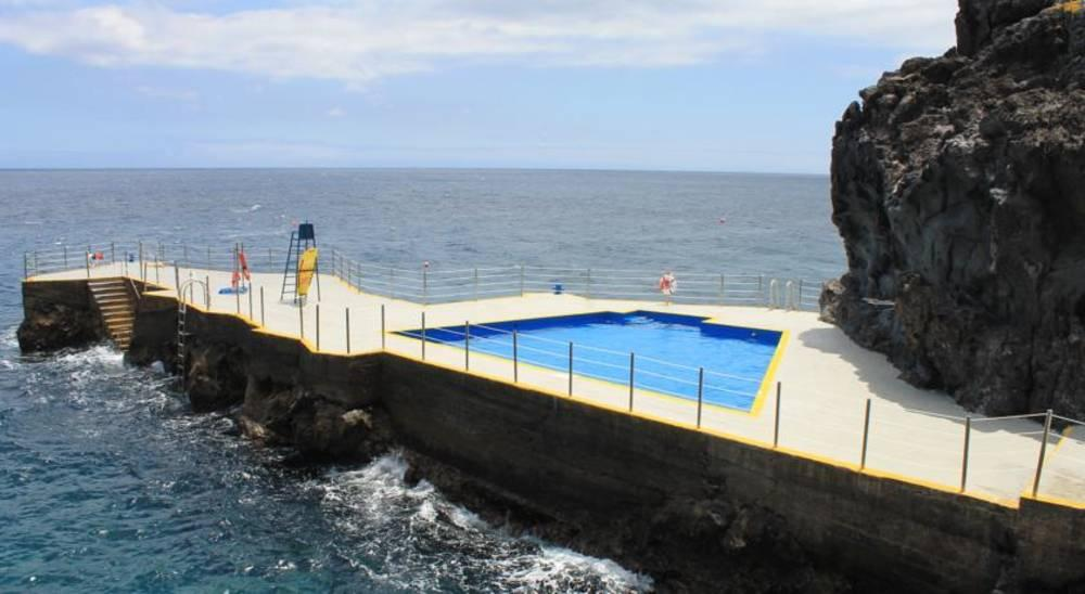 Holidays at Rocamar Hotel in Canico, Madeira