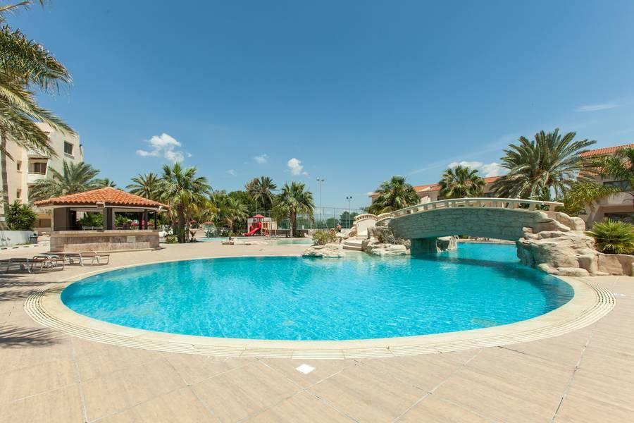 Holidays at Crown Resort Henipa Hotel in Larnaca Bay, Larnaca