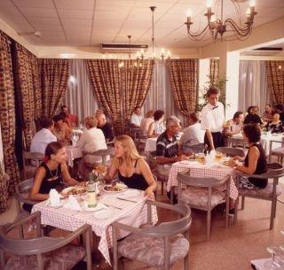 De Costa Hotel Apartments
